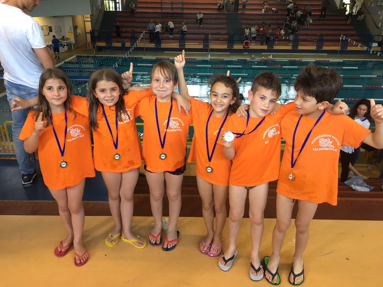 La squadra propaganda del nuoto valdinievole protagnista - San marcellino piscina ...